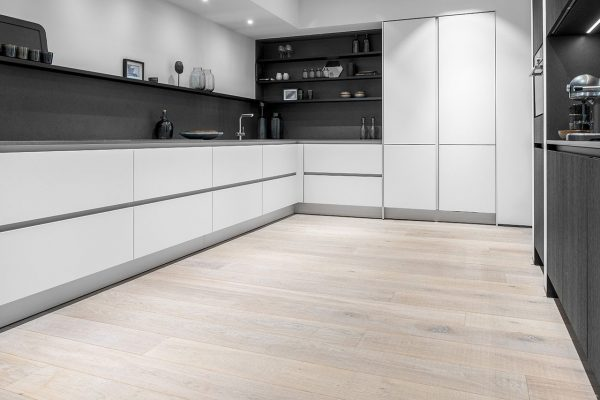 W.01-Showroom-Mandemakers-Keukens-Dennebos-Flooring-1