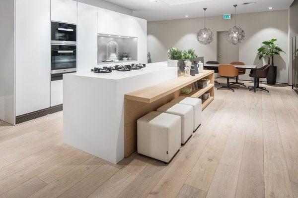 W.01-Showroom-Mandemakers-Keukens-Dennebos-Flooring-2